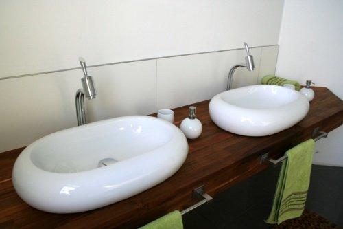 der mittelpunkt im badezimmer das waschbecken. Black Bedroom Furniture Sets. Home Design Ideas