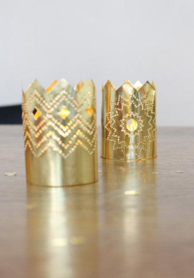 weihnachtsdeko aus papier ein kronleuchter in gold