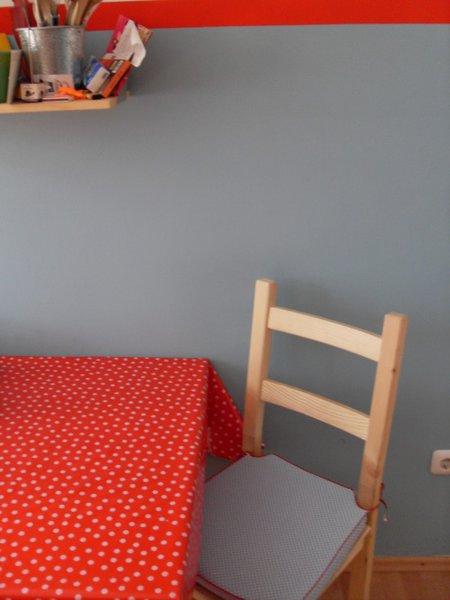 nichts f r graue m use grau als wandfarbe. Black Bedroom Furniture Sets. Home Design Ideas