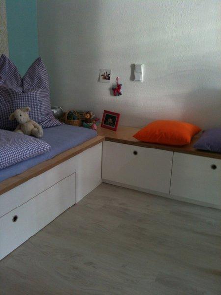 kreativ im kinderzimmer clevere improvisationen und ideen aus der community. Black Bedroom Furniture Sets. Home Design Ideas
