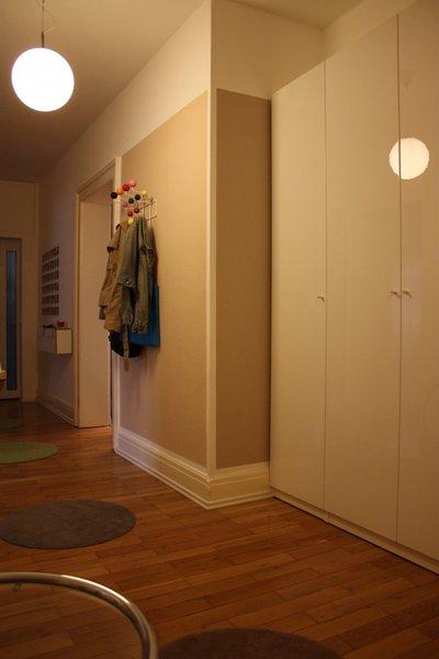 flur gestalten auch hier sieht man wieder eindrucksvoll. Black Bedroom Furniture Sets. Home Design Ideas