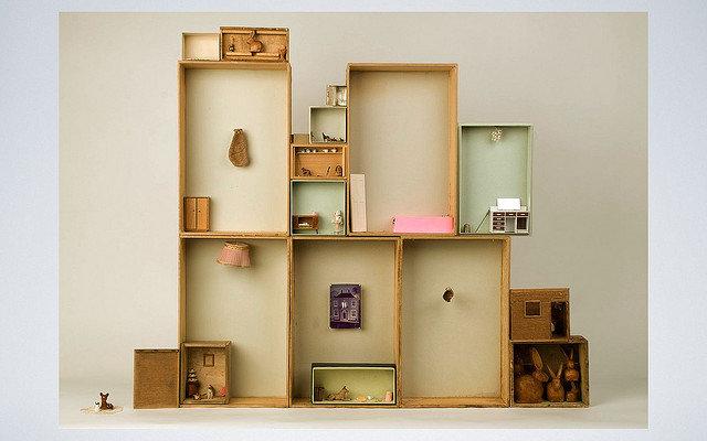 ein puppenhaus selber bauen. Black Bedroom Furniture Sets. Home Design Ideas