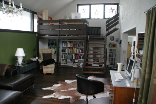 wandgestaltung gr n als wandfarbe. Black Bedroom Furniture Sets. Home Design Ideas