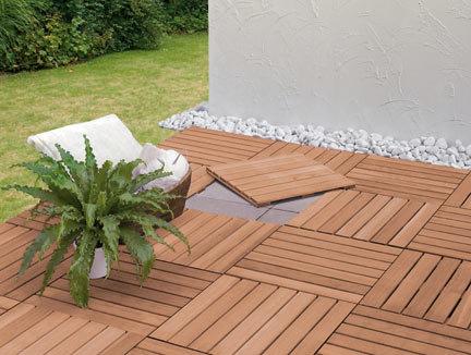 holzfliesen versch nern terrassen oder balkonboden. Black Bedroom Furniture Sets. Home Design Ideas
