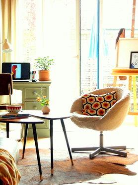 Wohnzimmer im April