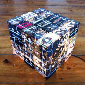 Lampe aus Musikkassetten