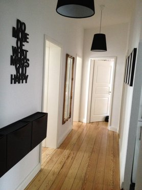 goldener spiegel wohnideen bilder. Black Bedroom Furniture Sets. Home Design Ideas