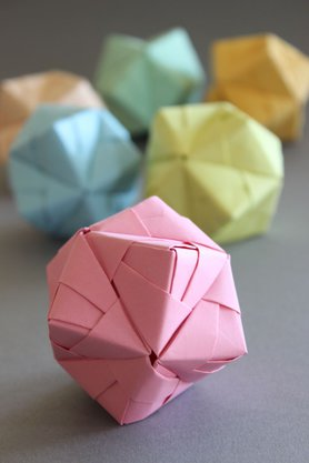 Sonobe Ball in Pastell