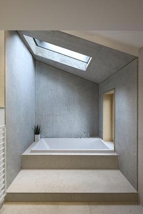 Bad mit Oberlicht