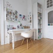 Schreibtisch und Co