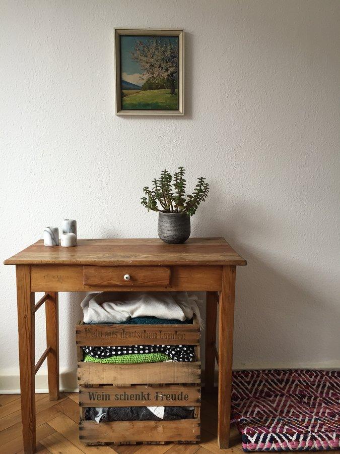 die sch nsten einrichtungsideen mit weinkisten. Black Bedroom Furniture Sets. Home Design Ideas