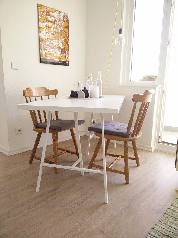ideen und inspirationen f r ikea tische. Black Bedroom Furniture Sets. Home Design Ideas