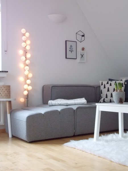 dekorieren mit lichterketten die sch nsten ideen aus echten wohnungen. Black Bedroom Furniture Sets. Home Design Ideas