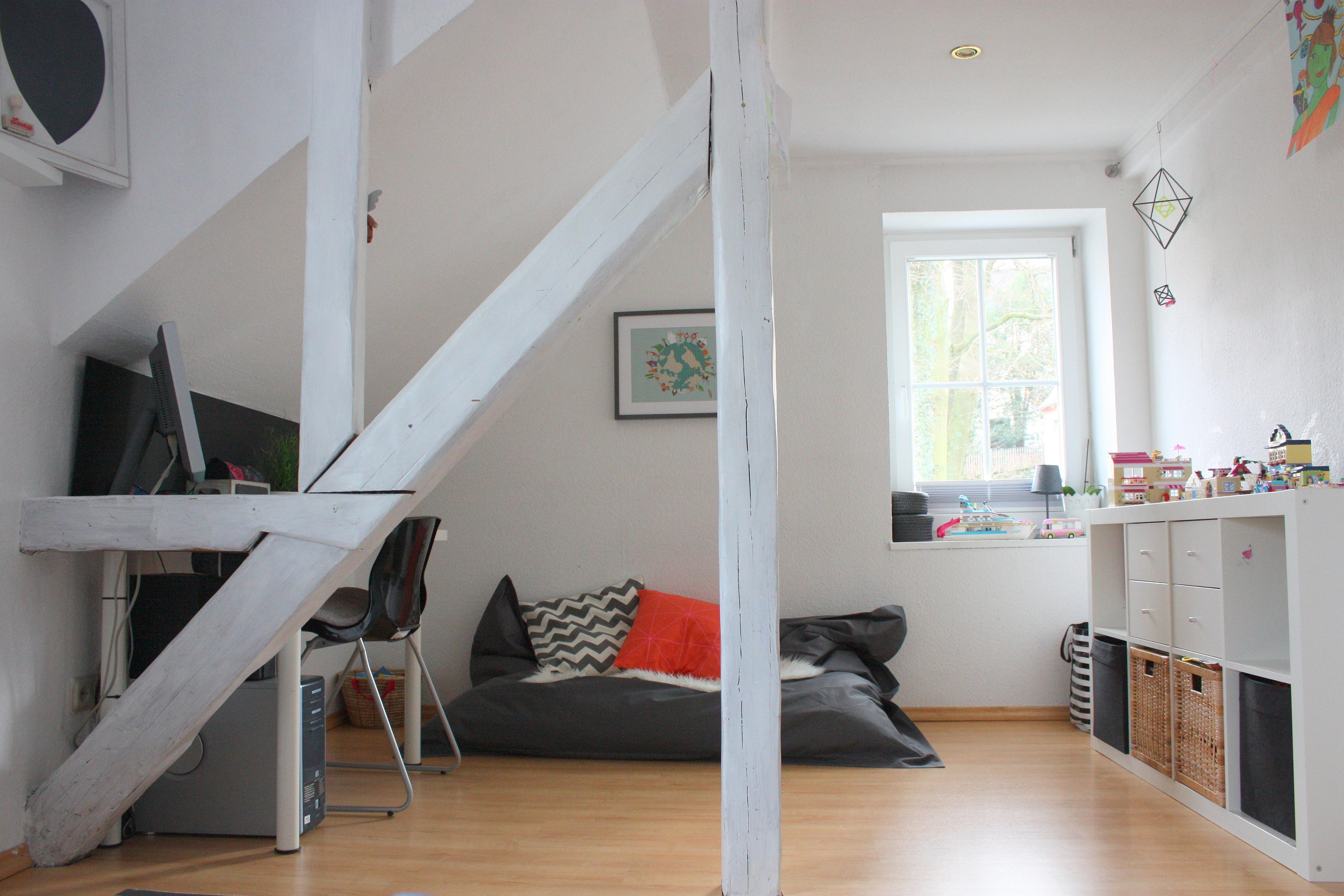 ideen und tipps f r die einrichtung eines jugendzimmers. Black Bedroom Furniture Sets. Home Design Ideas