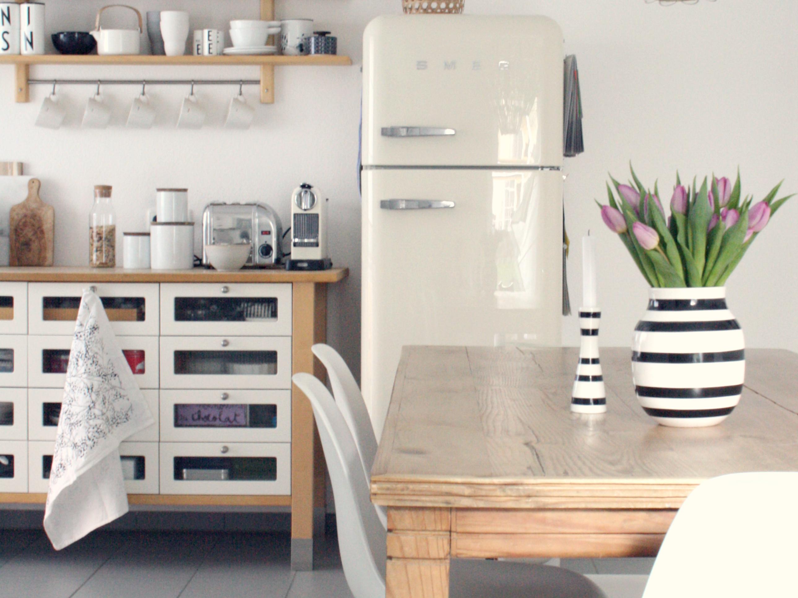 k che modern zeitlos haus einrichten k che spritzschutz 80 arbeitsplatte 50mm ikea h he. Black Bedroom Furniture Sets. Home Design Ideas