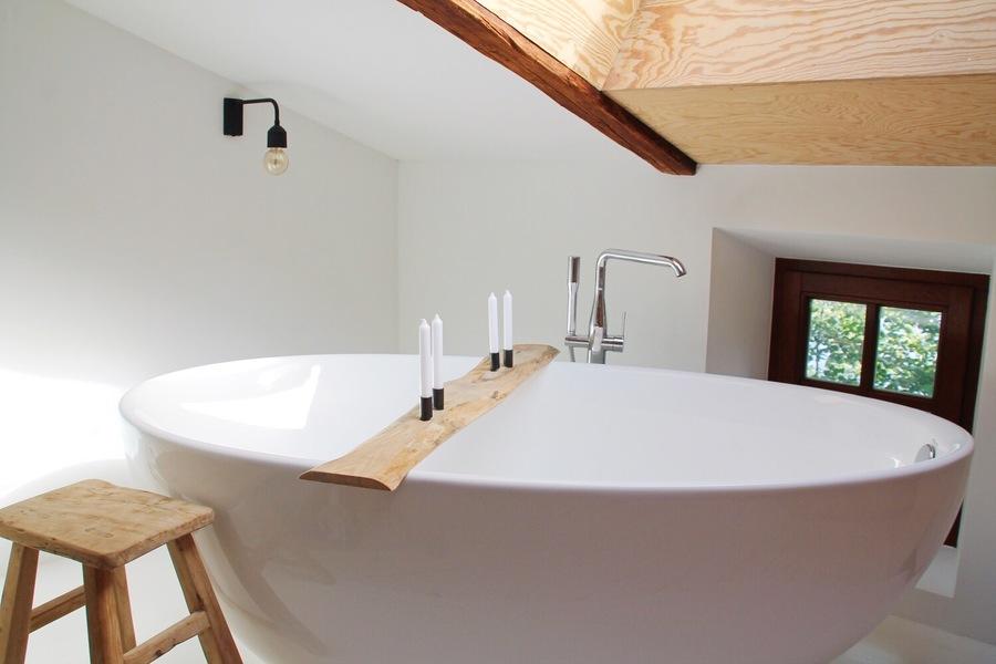 wohnen in einer alten wasserm hle zu besuch bei sonnenleni in sunde. Black Bedroom Furniture Sets. Home Design Ideas