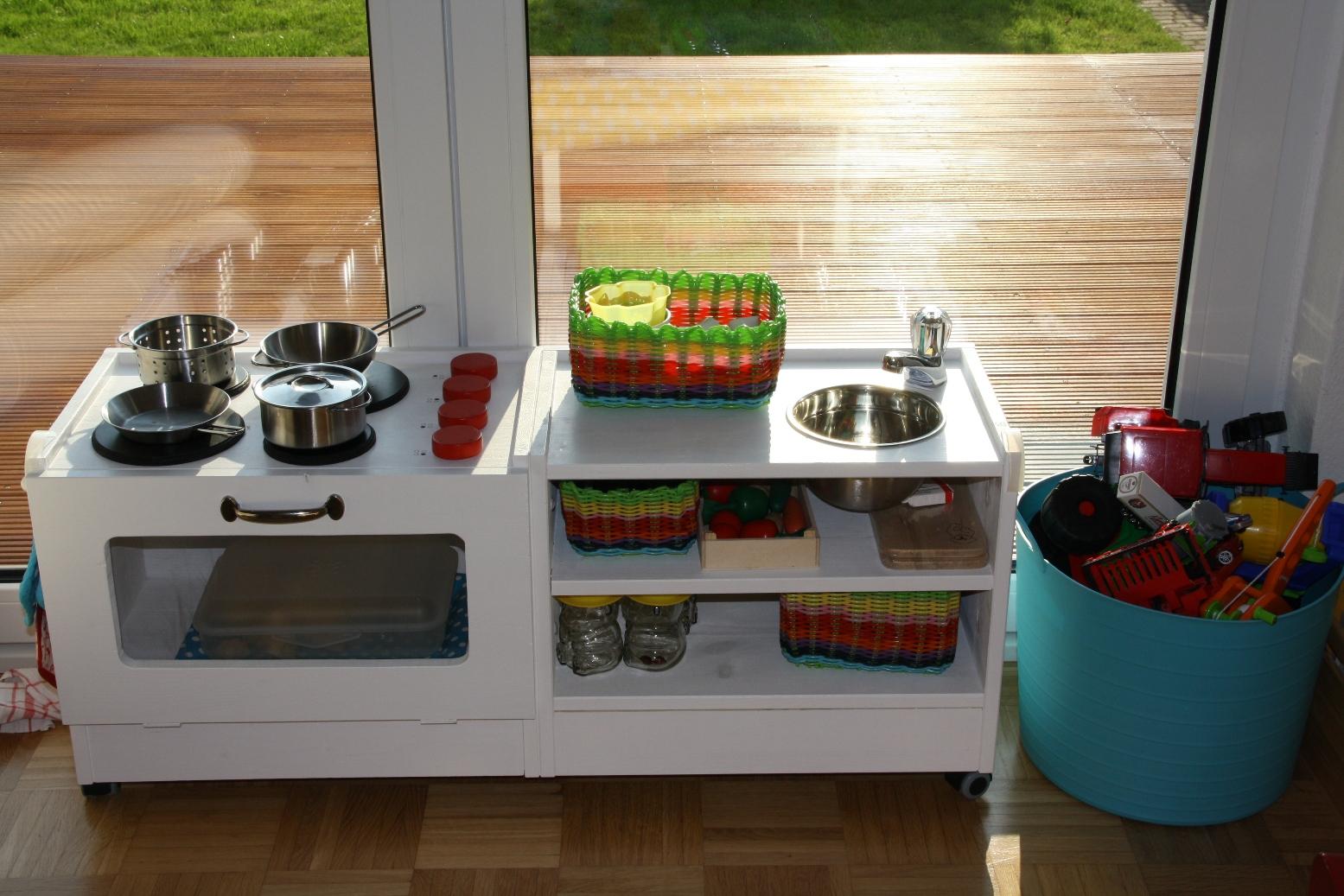 diy kinderk che. Black Bedroom Furniture Sets. Home Design Ideas