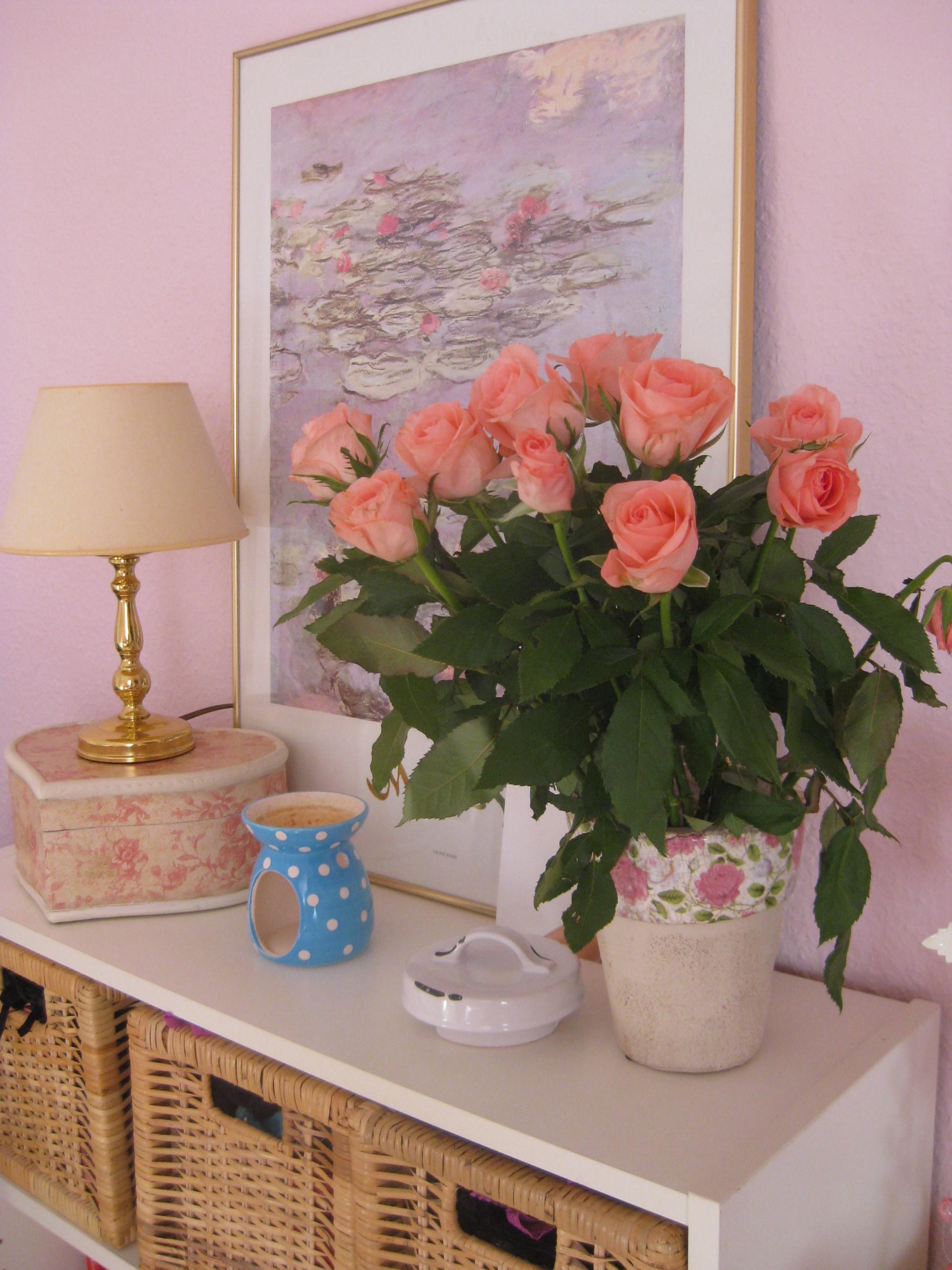 Die sch nsten rosen deko ideen for Zimmer deko rosen