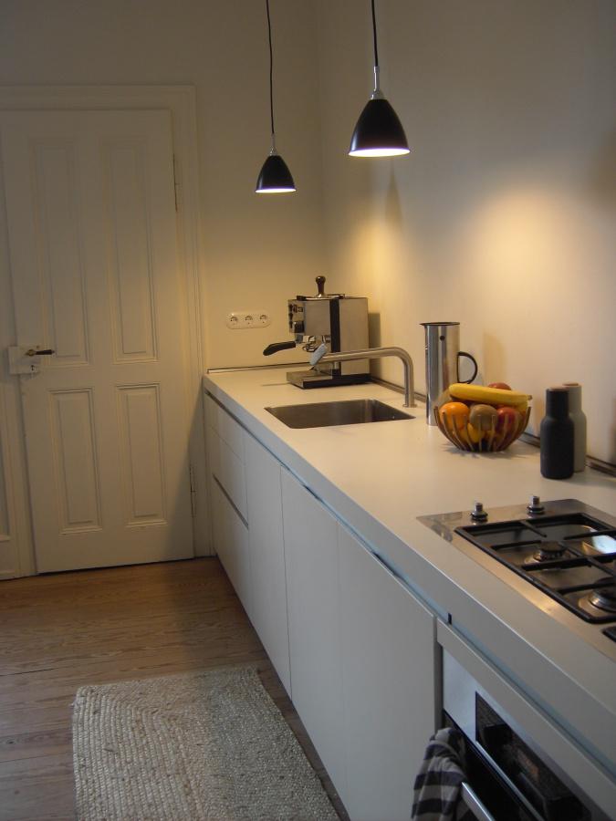 ideen und inspirationen f r k chenlampen. Black Bedroom Furniture Sets. Home Design Ideas