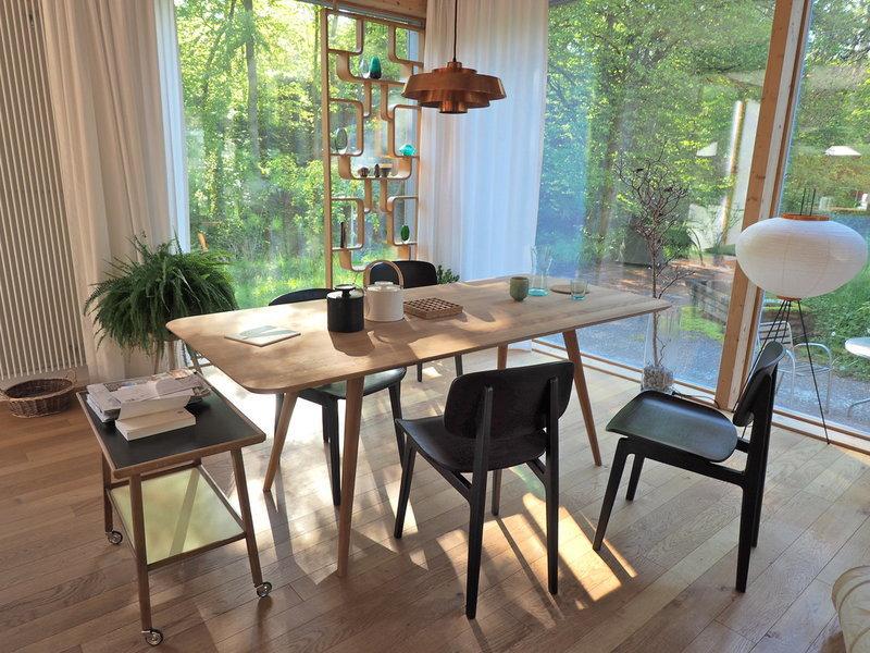 wohngemeinschaft auf 4500 quadratmetern zu besuch bei mywe in der schweiz. Black Bedroom Furniture Sets. Home Design Ideas
