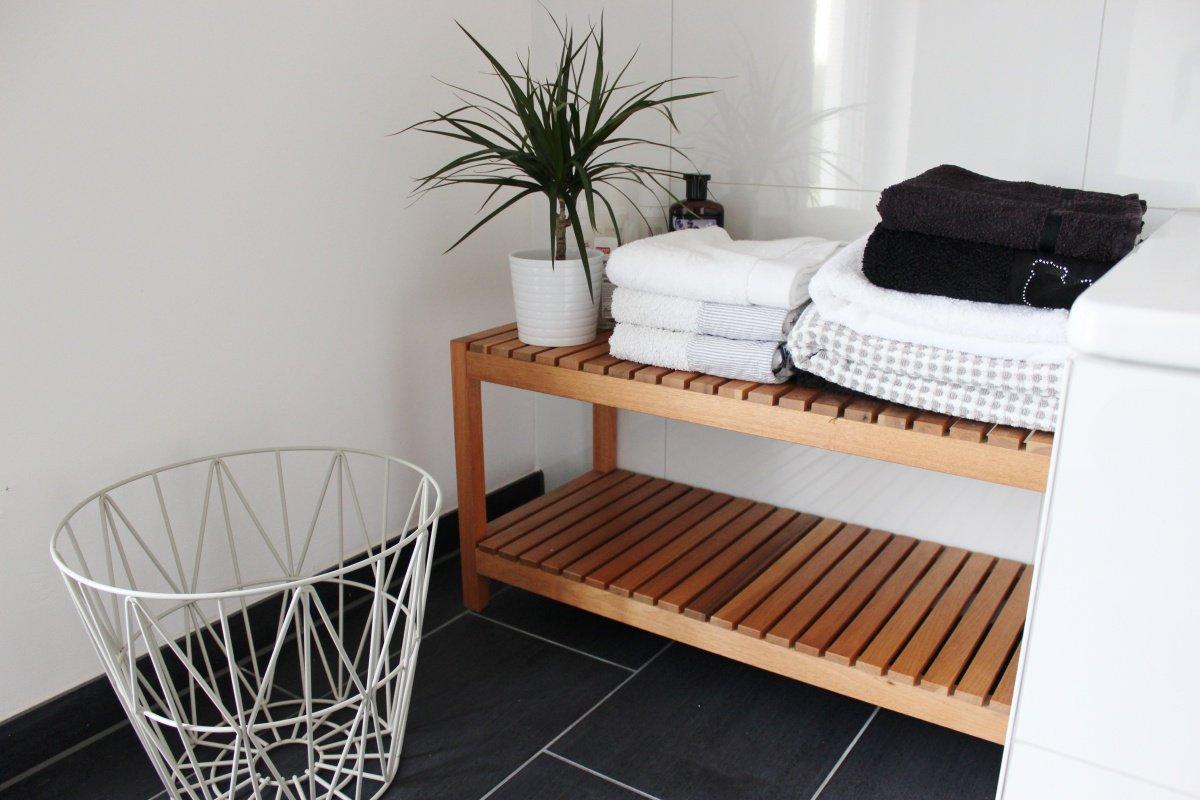 aufbewahrung f rs bad aus korb die neuesten innenarchitekturideen. Black Bedroom Furniture Sets. Home Design Ideas