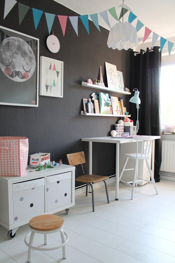 ideen und tipps f r die einrichtung eines kinderzimmers 2 6 jahre. Black Bedroom Furniture Sets. Home Design Ideas