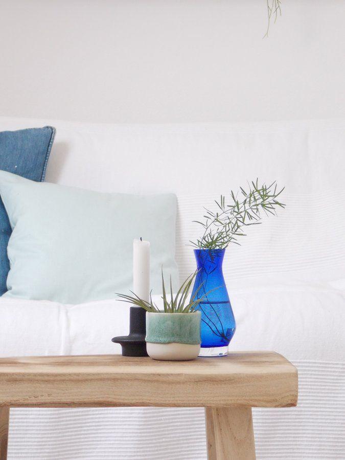 fr hlich frisch maritim wohnen mit der farbe blau. Black Bedroom Furniture Sets. Home Design Ideas