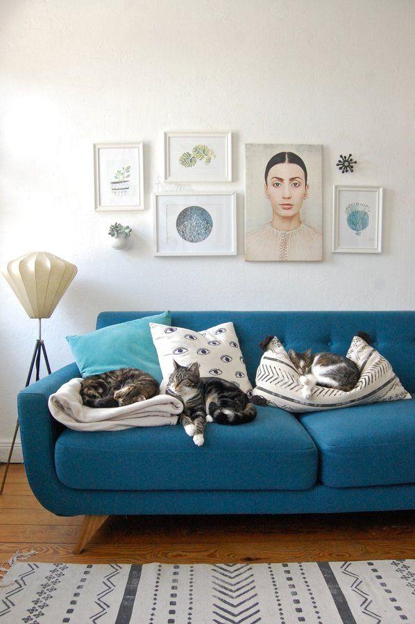 bilderrahmen anordnen 5 einfache aber wirkungsvolle. Black Bedroom Furniture Sets. Home Design Ideas