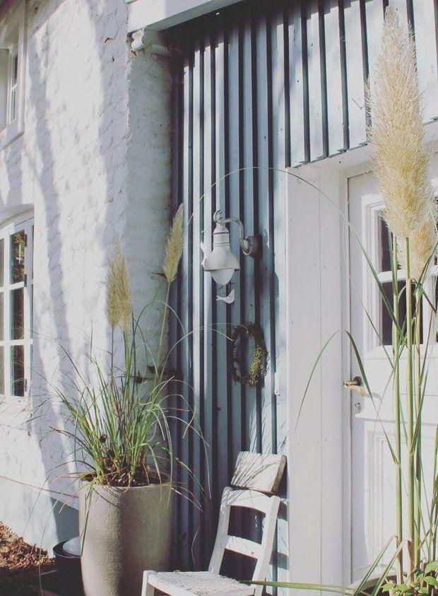 wohnen im schwedenstil die sch nsten inspirationen. Black Bedroom Furniture Sets. Home Design Ideas