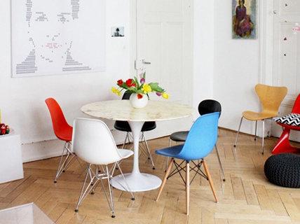 mein neuer runder esstisch. Black Bedroom Furniture Sets. Home Design Ideas