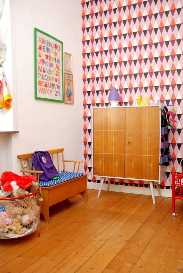 wandgestaltung im kinderzimmer die sch nsten kindertapeten. Black Bedroom Furniture Sets. Home Design Ideas