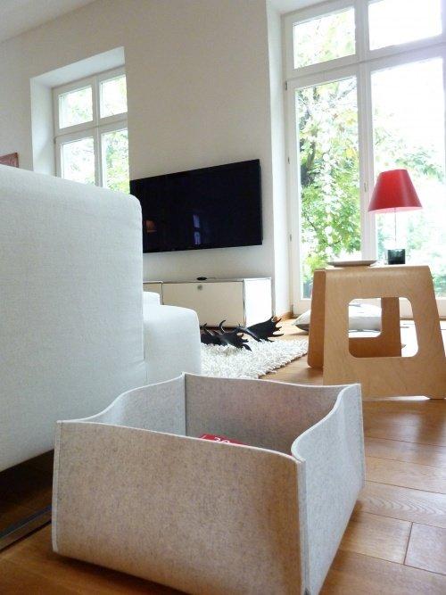 Wohnideen wohnzimmer zeitschriften aufbewahren for Rolltisch wohnzimmer