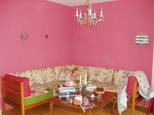 Wohnzimmer wandfarbe inspirationen und tipps - Wandfarbe fuchsia ...