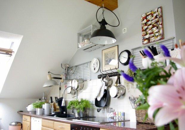 kleine dinge gro e wirkung die hakenleiste. Black Bedroom Furniture Sets. Home Design Ideas