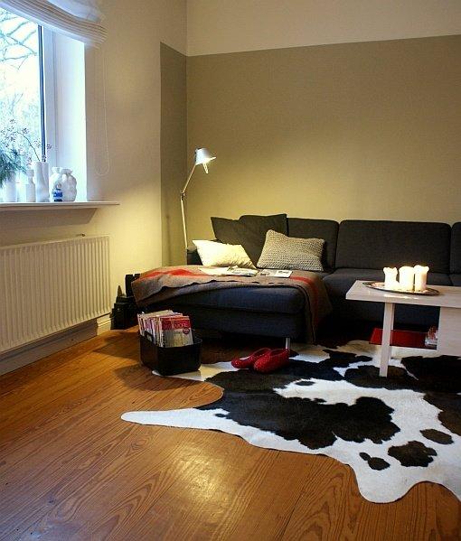 Wohnzimmergestaltung: Das Sofa Ist In Der Regel Das Herzstück Des  Wohnzimmers. Damit Es Richtig Zur Geltung Kommt, Muss Aber Auch Das  Drumherum Stimmen.