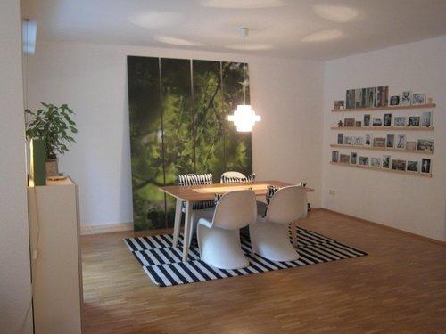 Wohnzimmer Einrichten In Schwarz Weiß: Manchmal Reicht Schon Ein Einzelnes  Schwarz Weißes Stück Wie Hier Der Teppich, Um Dem Raum Schwarz Weißes Flair  ...