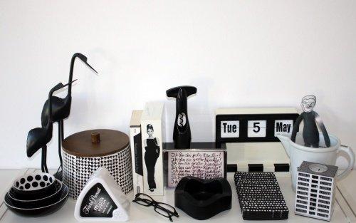 Wohnzimmer Einrichten In Schwarz Weiß: Die Schwarz Weiße Colour Collection  Von O Tec Cortes. (Bild: O Tec Cortes)