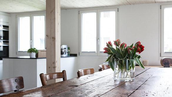 hereinspaziert 10 neue wohnungseinblicke. Black Bedroom Furniture Sets. Home Design Ideas