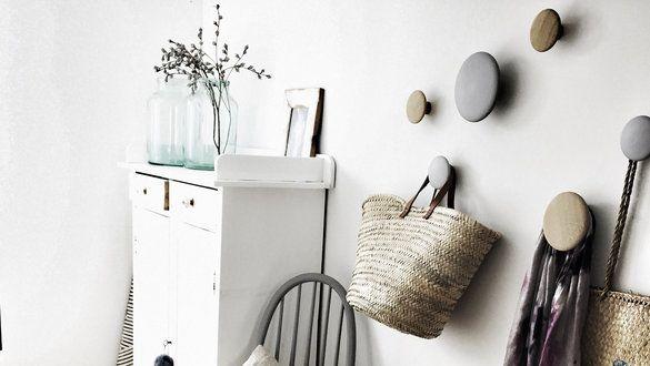 ideen und inspirationen f r garderobenhaken. Black Bedroom Furniture Sets. Home Design Ideas