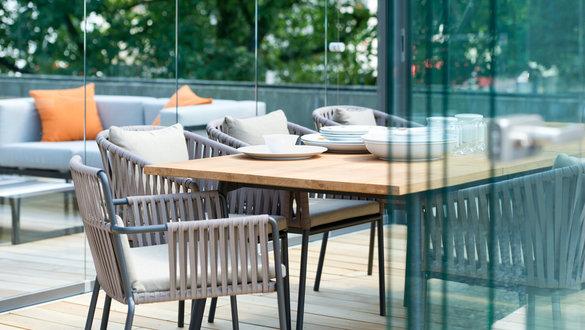die besten einrichtungsl den und m belgesch fte. Black Bedroom Furniture Sets. Home Design Ideas