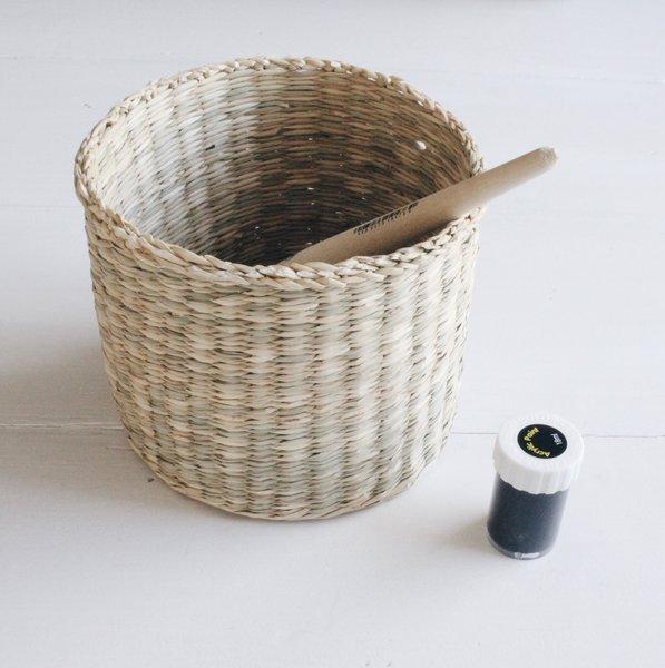 diynstag bert pfe f r die pflanzendeko selber machen. Black Bedroom Furniture Sets. Home Design Ideas