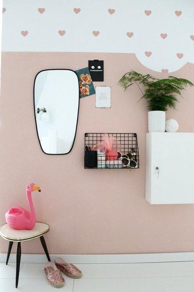 Mehr Bilder Von Der Rosa Herzchen Wand Findet Ihr Auf Brittas Blog, Mehr  Ideen Fürs Mädchenzimmer Findet Ihr Hier.