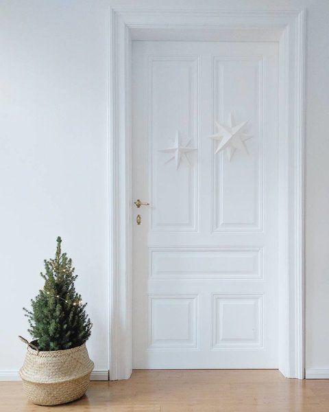 die klassiker an weihnachten sterne ein besonders hubsches und schlichtes modell ist der weisse oder farbige papierstern in der skandi variante von