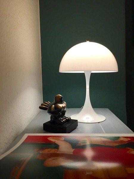 die panthella mini led leuchte von louis poulsen. Black Bedroom Furniture Sets. Home Design Ideas