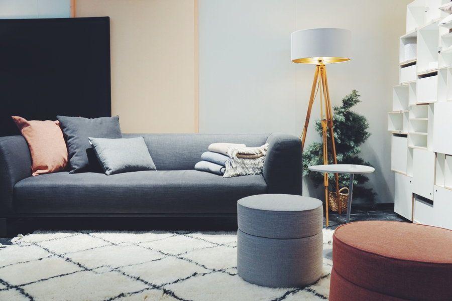 sofa und hocker von sitzfeldt auf der heim handwerk 2017 hier geht s zum artikel