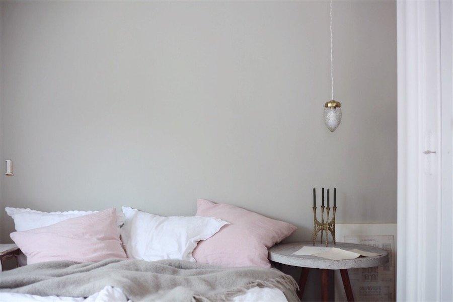 Schon Warum Sie Sich Dazu Entschieden Hat Und Wie Sich Die Neue Farbe Im Raum  Anfühlt, Davon Erzählt Sie Uns Heute In Ihrem Schlafzimmer Makeover.