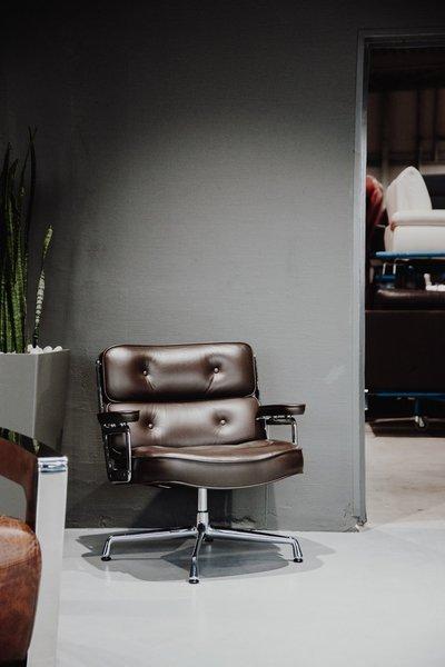 Ein Zweites Leben Fur Designermobel Zu Besuch Bei Revive Interior