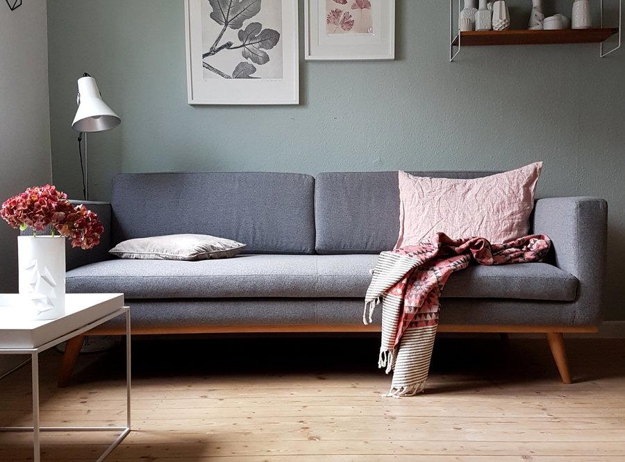 Hausinnenraum: Sofa Stellen Im Wohnzimmer
