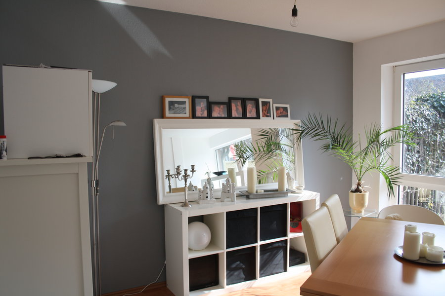 wohnzimmer ideen grau. schne wandfarben holzbett mit schwarzer, Wohnzimmer dekoo