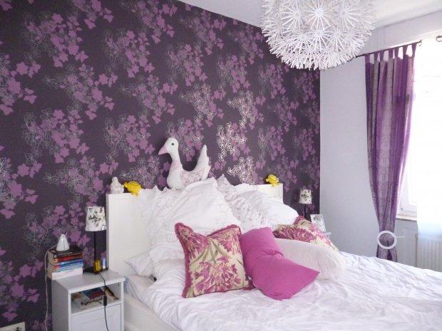 Einrichtungsideen in der farbe lila for Lila tapete schlafzimmer